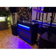 Verhuur GIGBOOTH Black DJ bar op wielen incl. LED verlichting excl. DJ apparatuur